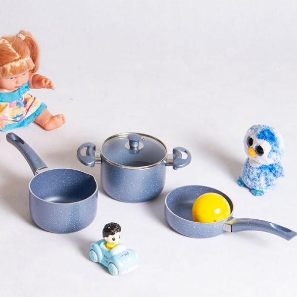 سرویس پخت و پز کودک 4 پارچه عروس مدل نلیا